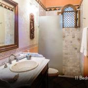 casa_peregrina_bathroom